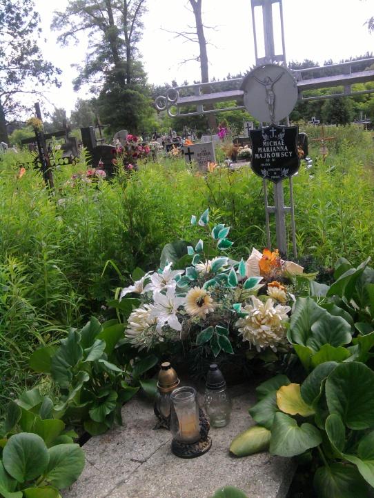 cmentarz w Przedborzu -grób Michała Majkowskiego   i Marianny z Obarzanków